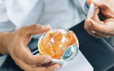 Transplante de córnea de células tronco é realizado pela primeira vez no mundo